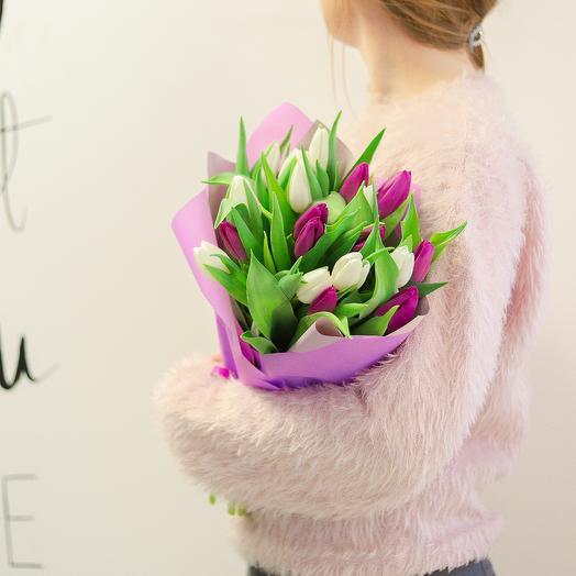 Тюльпаны в сиреневом: букеты цветов на заказ Flowwow