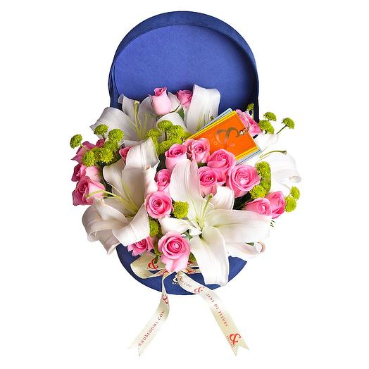 blooms - the royale blue velvet touche - lily, rose ,daisy
