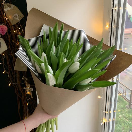 Белые тюльпаны 21 шт: букеты цветов на заказ Flowwow