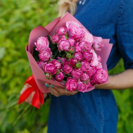 Букет из кустовых роз Бомбасти