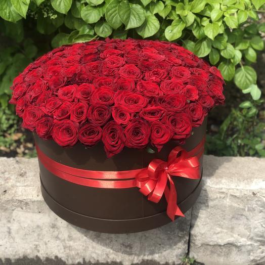 101 роза в шляпной коробке
