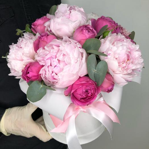 Peonies and Roses in a hatbox