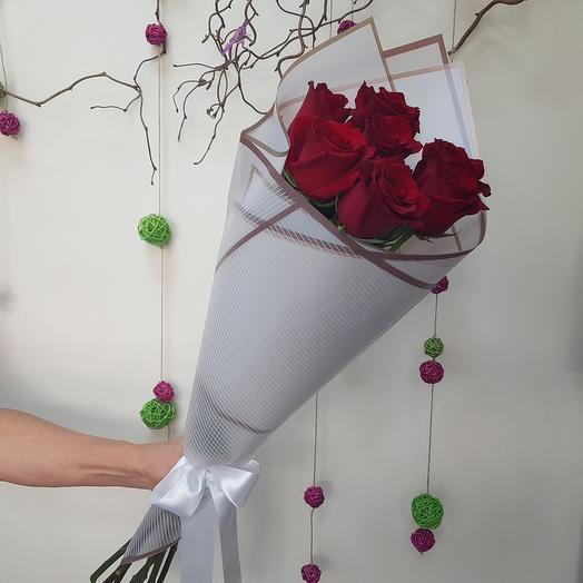 Букет 12 из 7 красных роз