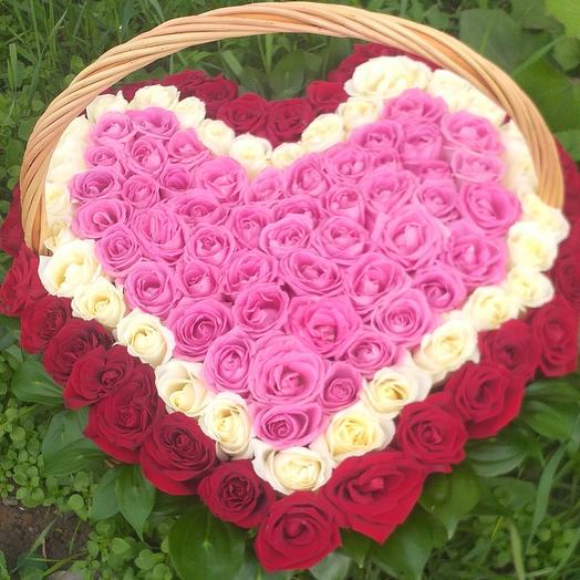 Корзина из 101 роза