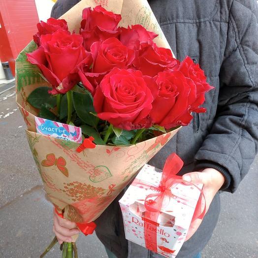 Розы + конфеты раффаэло