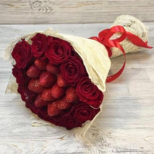 Букет из роз и клубники 🍓