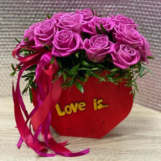 Цветы Love is