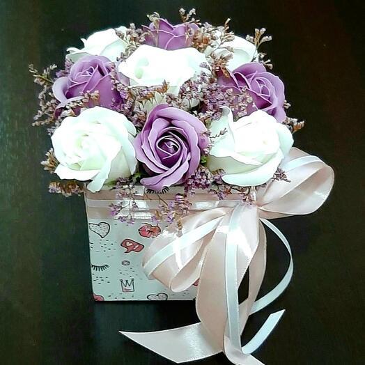 Букет с лавандовыми розами 🌹