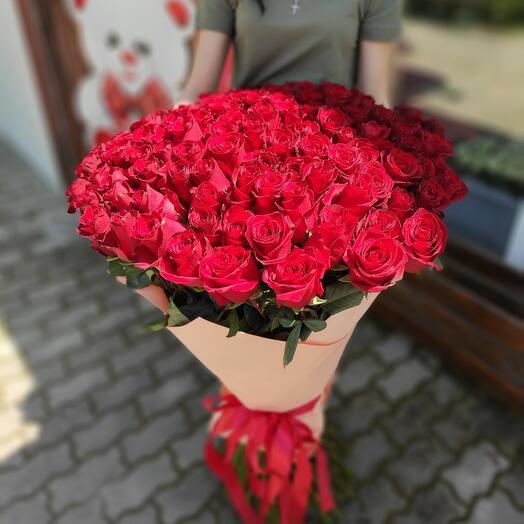 ✅ 101 роза. Букет из Эквадорских красных роз длинной 1 метр