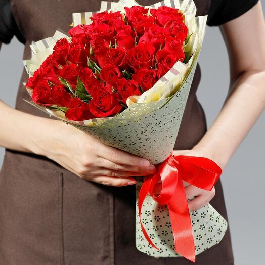 """Букет """"35 рубиновых роз"""""""