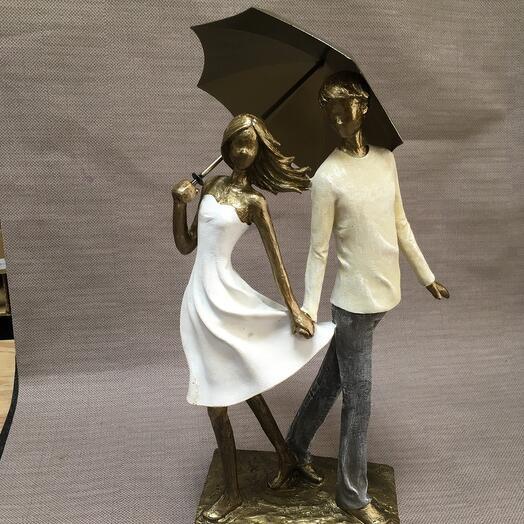 Пара с зонтом