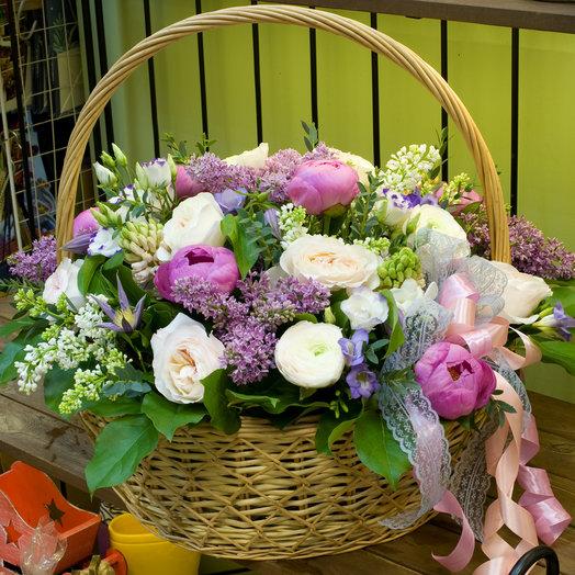 """Корзина цветов """"Это все для тебя"""""""