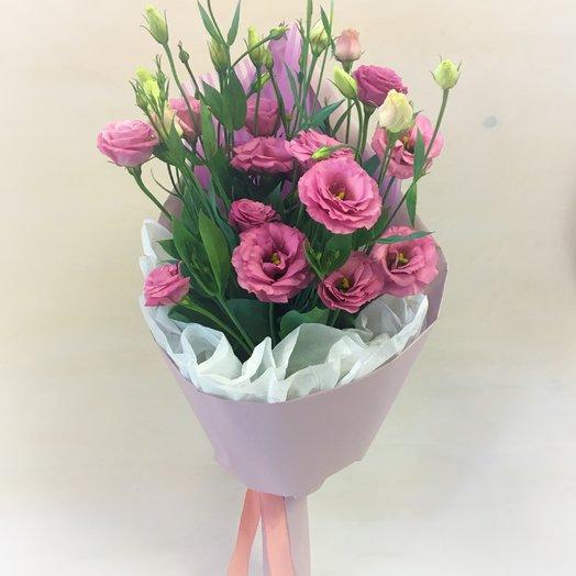 Розовый лизиантукс
