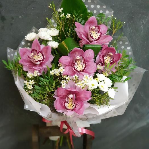 Малиновая радость: букеты цветов на заказ Flowwow