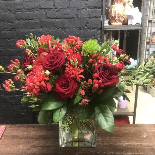 Букет с амариллисом: букеты цветов на заказ Flowwow
