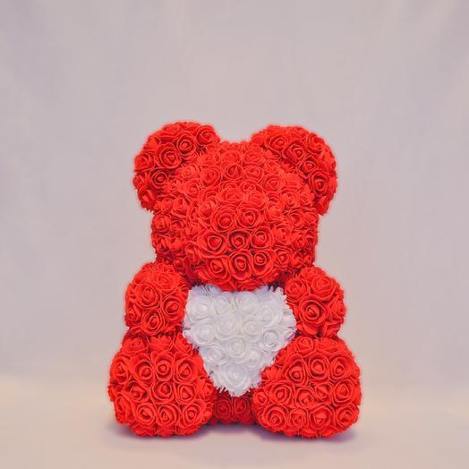 Мишка из роз с сердцем RozaRose Красный - 40 см: букеты цветов на заказ Flowwow
