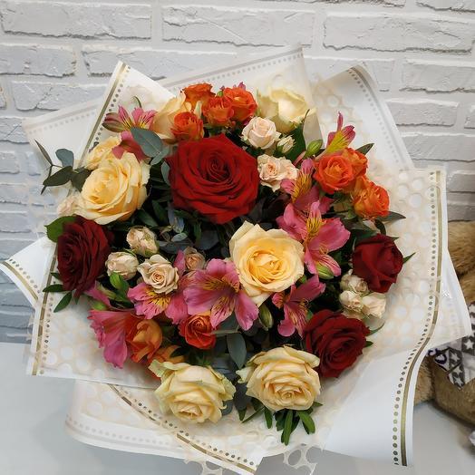 Персиковый коралл: букеты цветов на заказ Flowwow