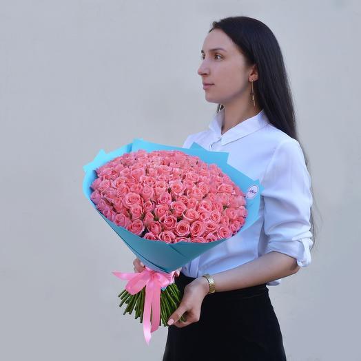 Букет Из 101 Коралловой Розы: букеты цветов на заказ Flowwow