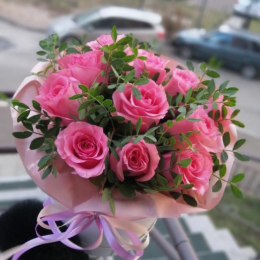 Нежная коробка роз 🌹: букеты цветов на заказ Flowwow