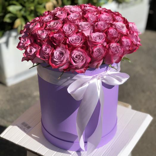 51 Эквадорская Роза в шляпной коробке: букеты цветов на заказ Flowwow