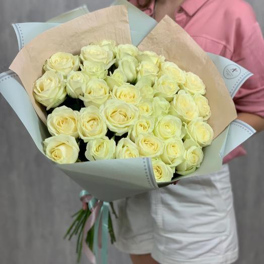Букет из 35 белых роз 60 см
