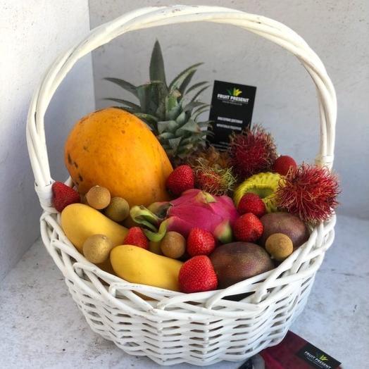 """Корзина экзотических фруктов """"Белые Ночи"""""""
