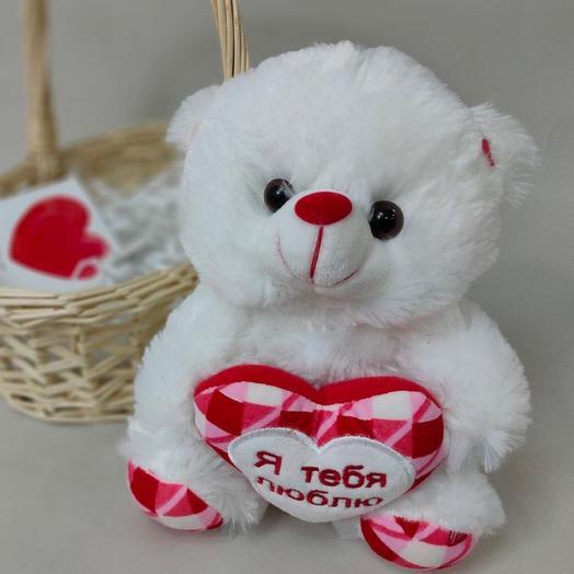 Медвежонок с сердечком в корзиночке + открытка