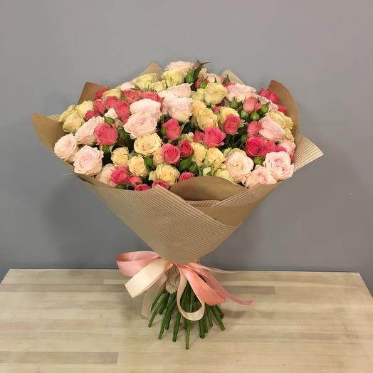 Букет из кустовых роз(25шт)