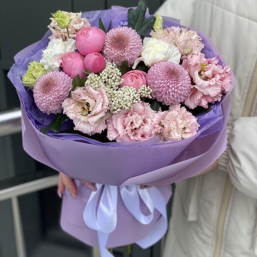 Bouquet Venus of bush peony roses, momoka, ozotamnus and eustoma