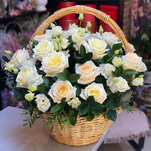 Корзина с цветами 3