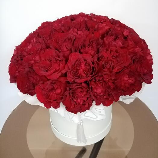 """Цветы в коробке """"Mon Amour"""""""