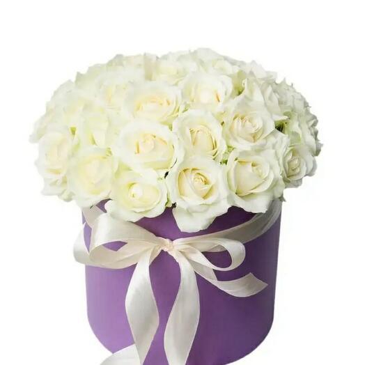 Цветы в коробке 25