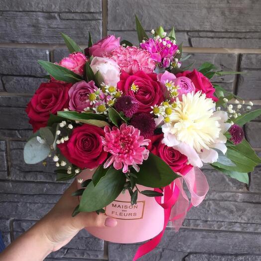 Цветы в коробке милашка