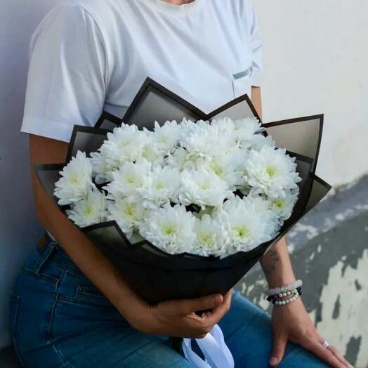 Монобукет кустовых белых хризантем