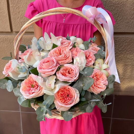Корзина Розы с орхидеей