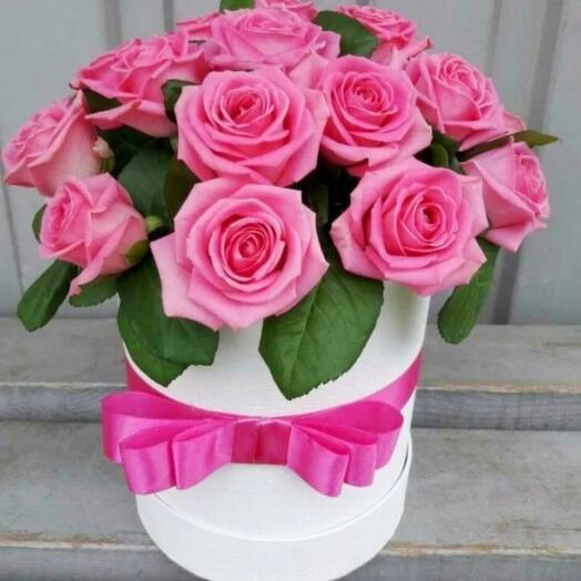 11 роз в коробке