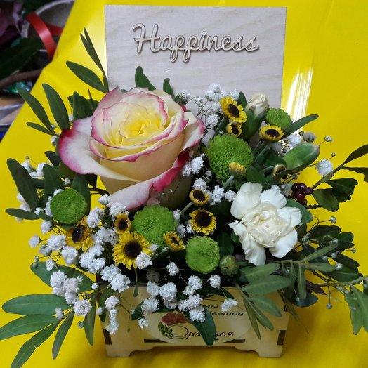 Шкатулка с цветами: букеты цветов на заказ Flowwow