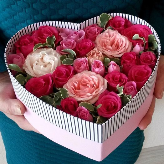 Цветочная коробочка в форме сердца