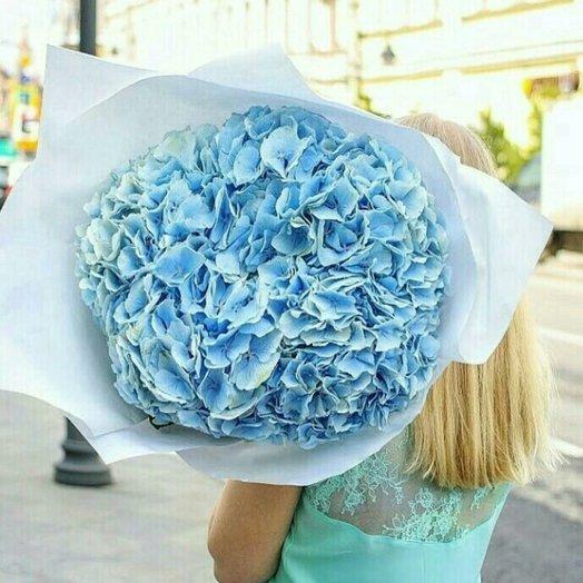 Облачко вруках: букеты цветов на заказ Flowwow