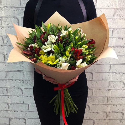 Букет из  35альстромерий: букеты цветов на заказ Flowwow