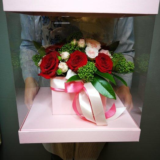 Коробка-аквариум (куб) с красной розой: букеты цветов на заказ Flowwow