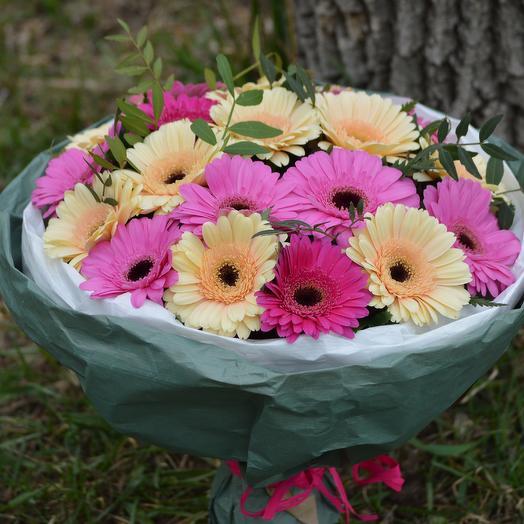 Эммелия: букеты цветов на заказ Flowwow