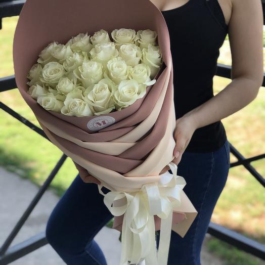Роза в косе