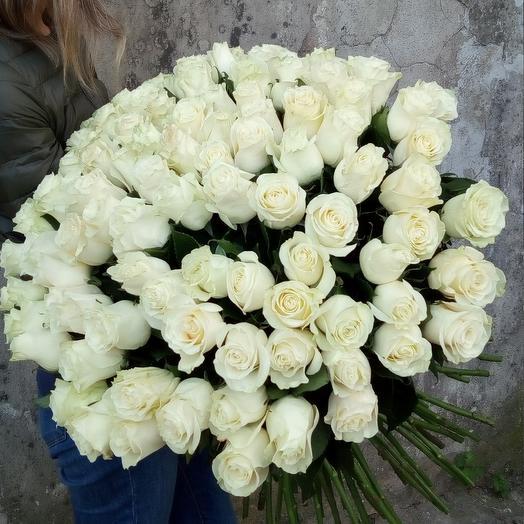 101 роза Mondial 70 см: букеты цветов на заказ Flowwow