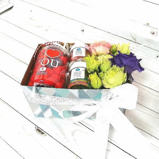 Подарочный бокс: букеты цветов на заказ Flowwow