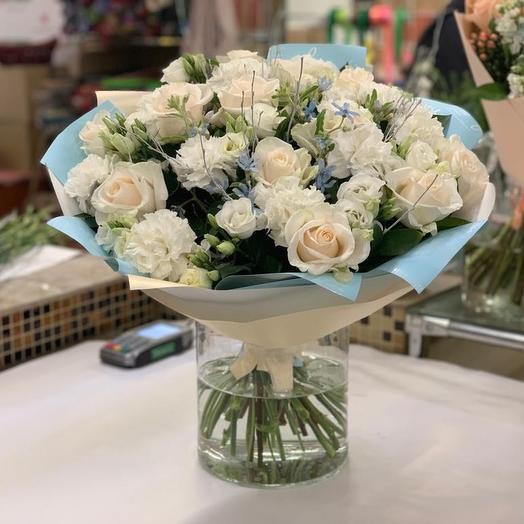 Букет из 15 роз и лизиантуса: букеты цветов на заказ Flowwow