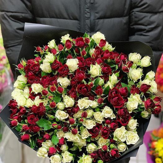 Микс из кустовых роз 51 шт: букеты цветов на заказ Flowwow