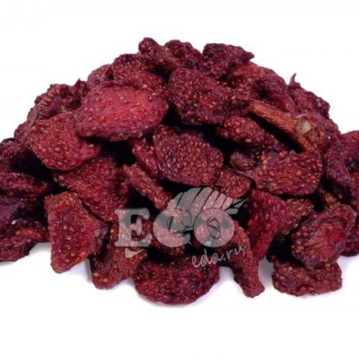 Сушёные ягоды Клубника сушеная слайсы, 100 г