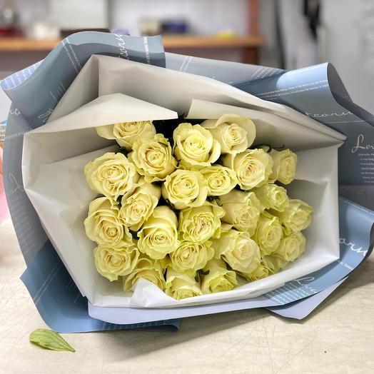 25 длинных эквадорских роз