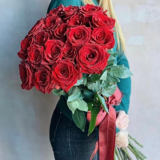 19 эквадорских роз